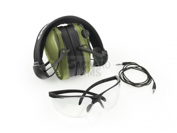 Ear Protector active olive with glasses .